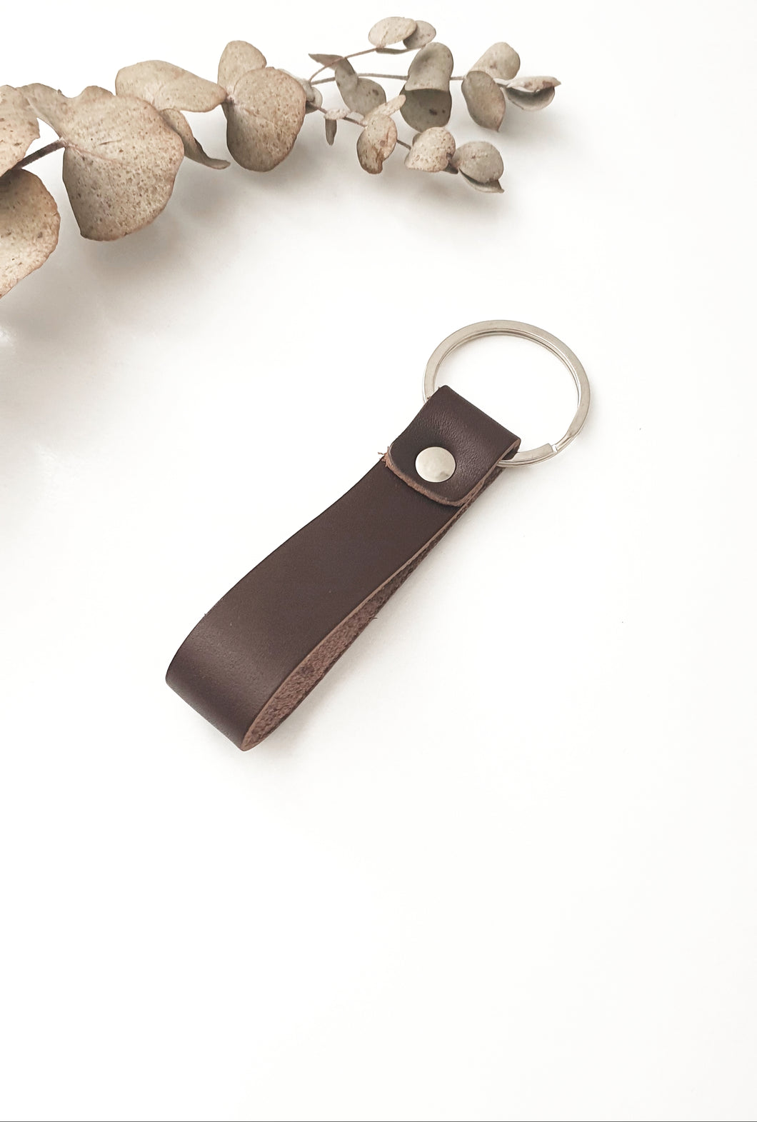 LEATHER KEYRING - BROWN
