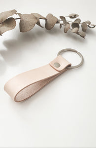 NATURAL LEATHER KEY RING