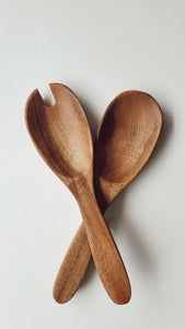 ACACIA WOOD FORK AND SPOON SALAD SERVERS