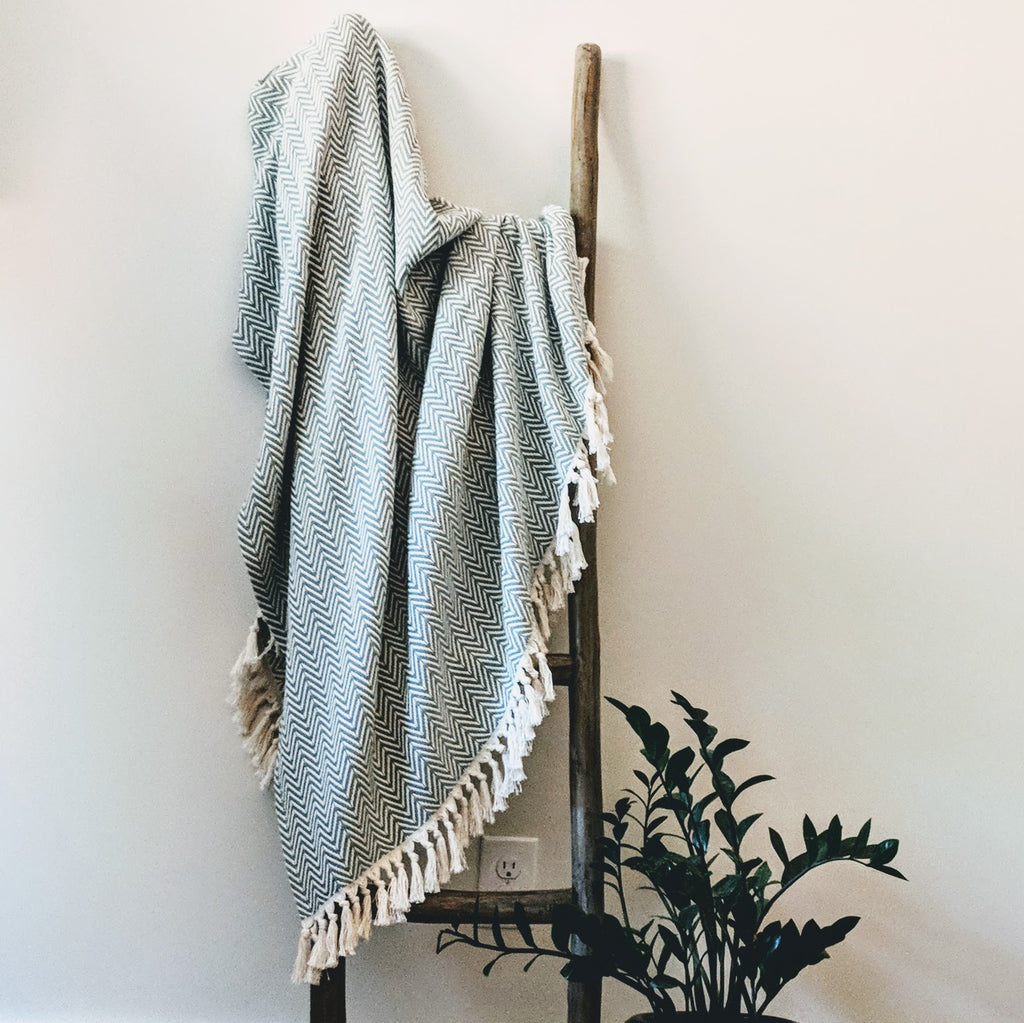 Turkish Cotton Hand Woven Throw with Tassels