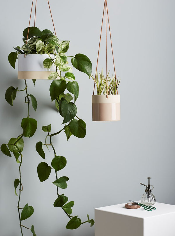 Billie Hanging Pot Small White