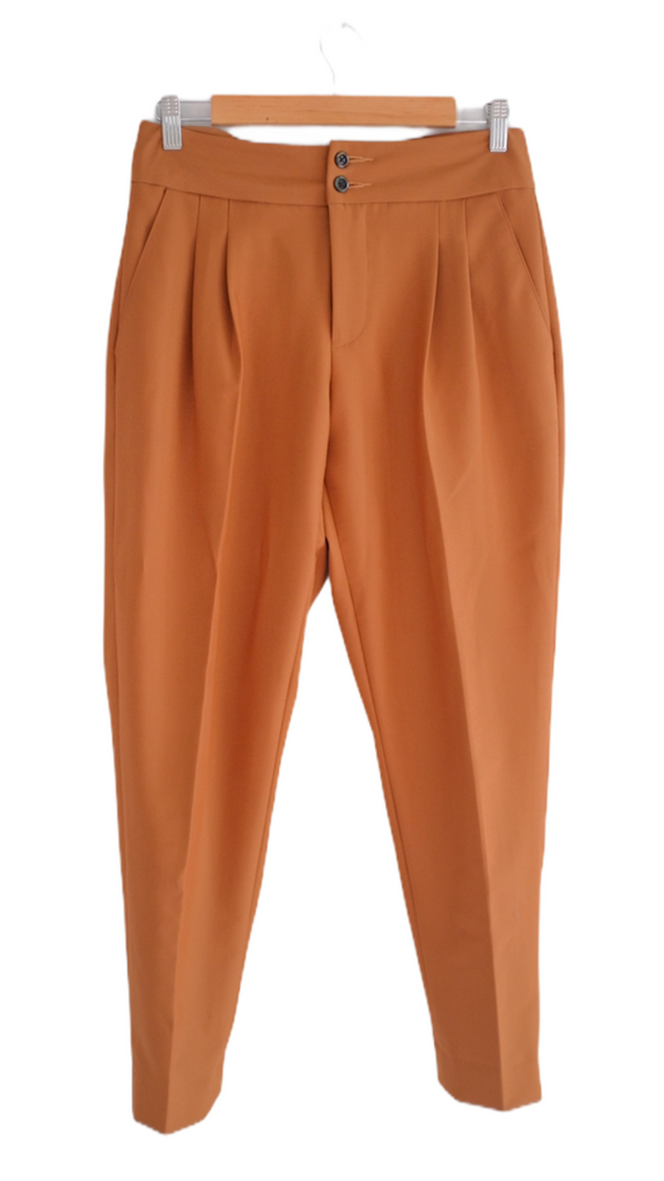 Cafe sua da pleated trousers
