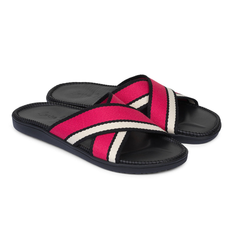Sandals with cross webbing straps. The comfortable inner sole is covered with black leather.