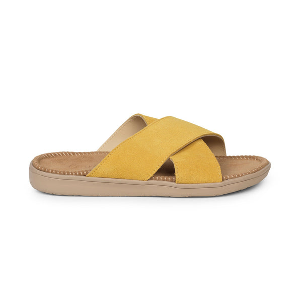 Sandals with straps of soft suede. The comfortable inner sole in covered with suede