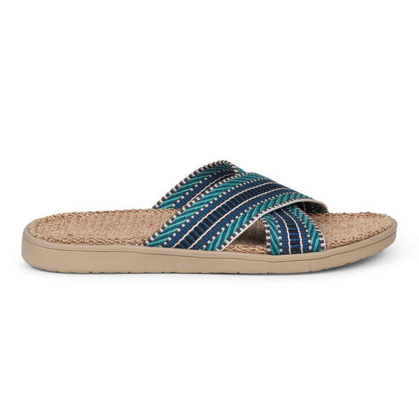 Sandal with woven straps. The comfortable inner sole is covered with soft natural jute material.