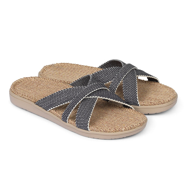 Sandal with woven cotton straps. The comfortable inner sole is covered with soft natural jute material.