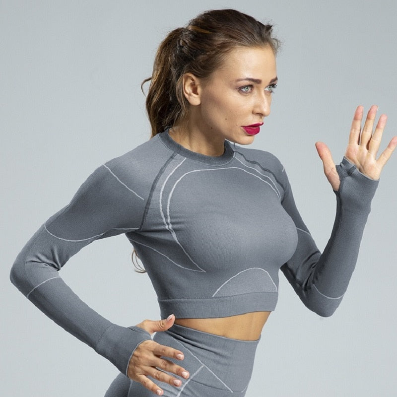 Seamless Long-Sleeved Yoga Fitness Top - Yoga Blush