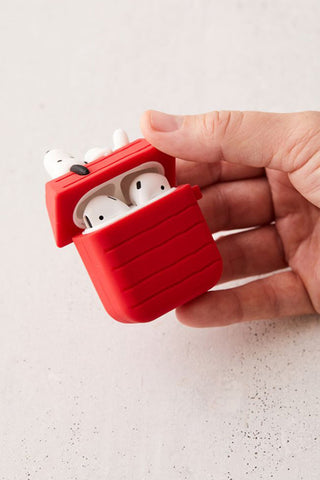 Snoopy Dog House Airpod Case