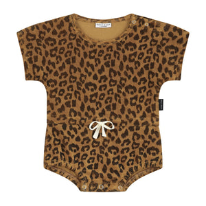daily brat joe leopard suit sandstone