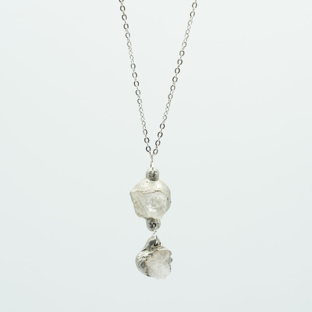 LYNN MINERAL DOUBLE QUARTZ NECKLACE