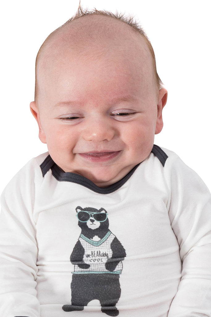Bamboo onesie - long sleeve - Harvey's unbearably cool bear - SNUGALICIOUS BAMBOO