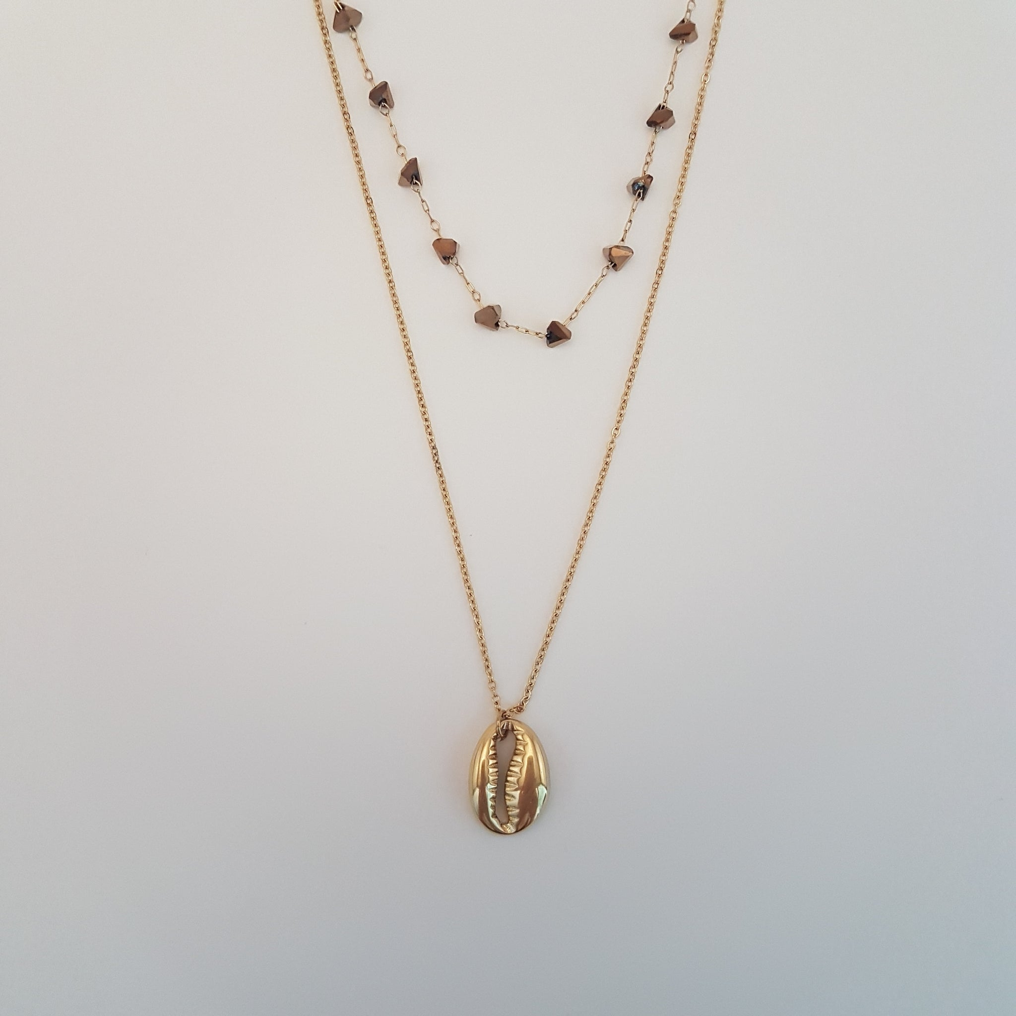 MALÉ NECKLACE
