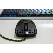 Load image into Gallery viewer, Razer Viper Wired  - Customise