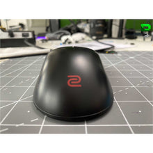 Load image into Gallery viewer, Zowie FK2 Wireless using the Logitech G305 Mod