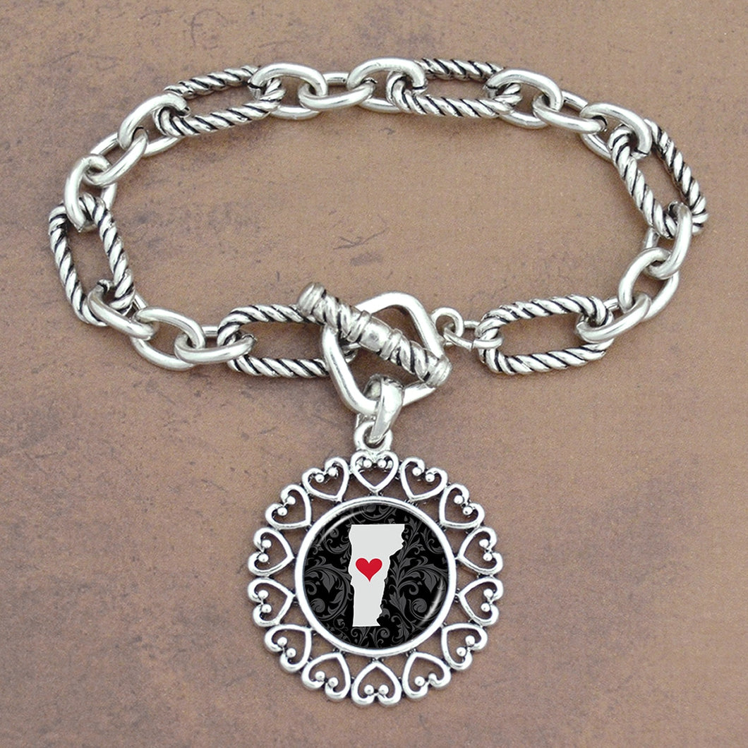 Twisted Chain Link Toggle Clasp Heartland Bracelet with Vermont State Charm