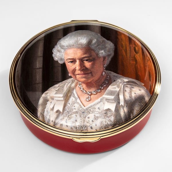 The Coronation Theatre by Ralph Heimans featuring Her Majesty Queen Elizabeth II