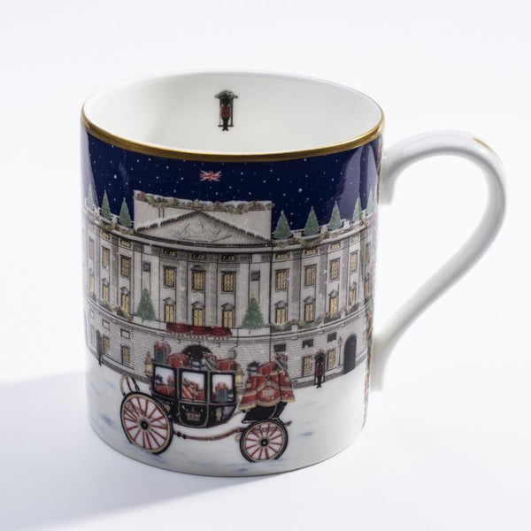 Buckingham Palace Carriage in the Snow Mug