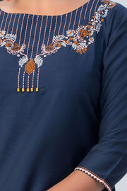 Maybell-Floral embroidered kurta-Navy blue-5