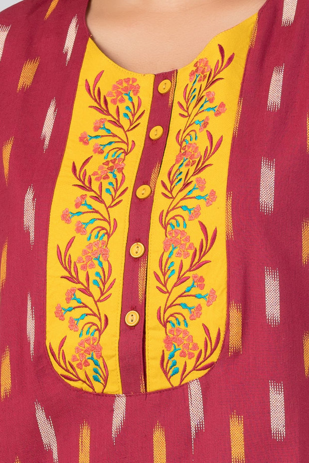 Maybell-Ikat printed nighty - Maroon3