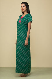 All over abstract motif Printed Nightwear – Basil green
