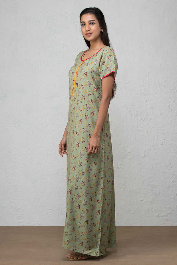 All over floral printed nightwear –Sage green