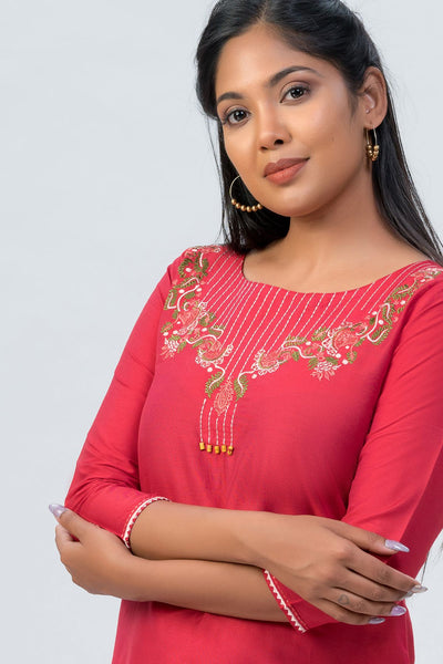 Maybell-Floral embroidered kurta-Red-5