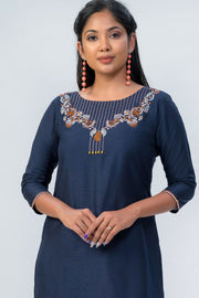 Maybell-Floral embroidered kurta-Navy blue-4
