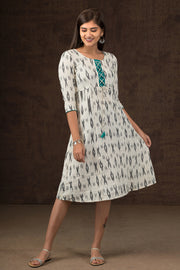 Ikkat Pattern Tie Up Detail Dress - White