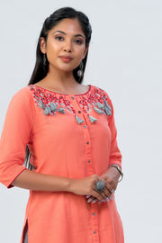 Maybell Floral embroidered kurta - Peach