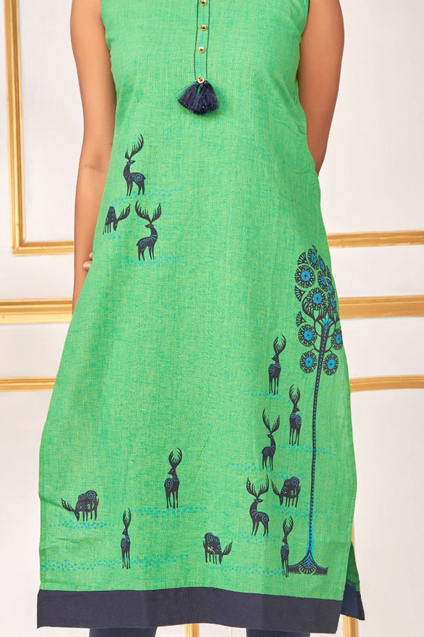 Placement Deer Printed Kurta - Green - Maybell Womens Fashion