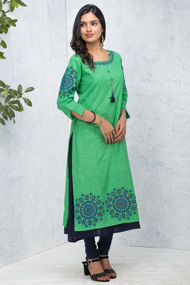 Placement Mandala Printed Kurta - Green - Maybell Womens Fashion