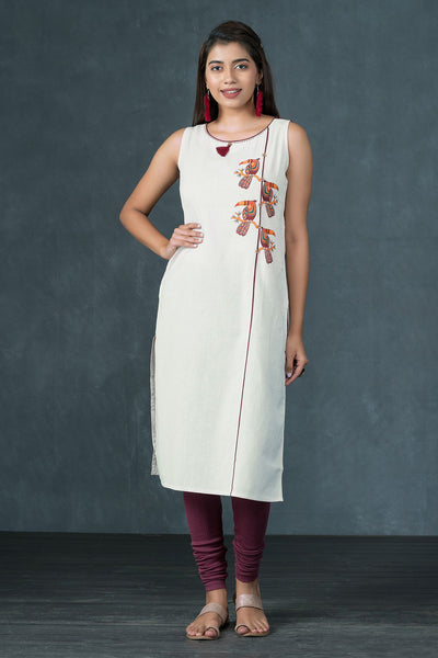 Placement Tribal Bird Printed Kurta - Off White & Maroon