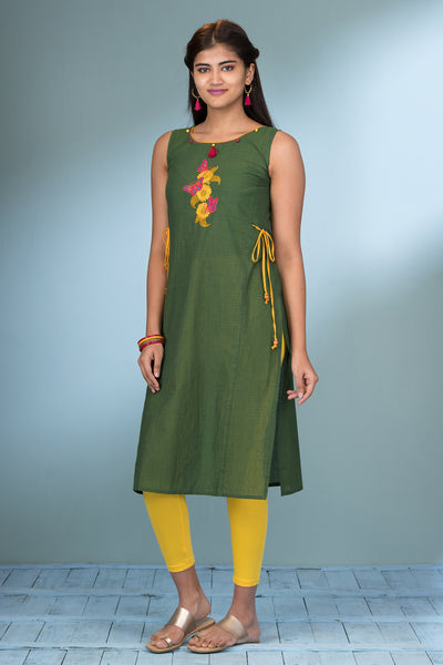 Butterfly & Floral Embroidered Kurta - Green