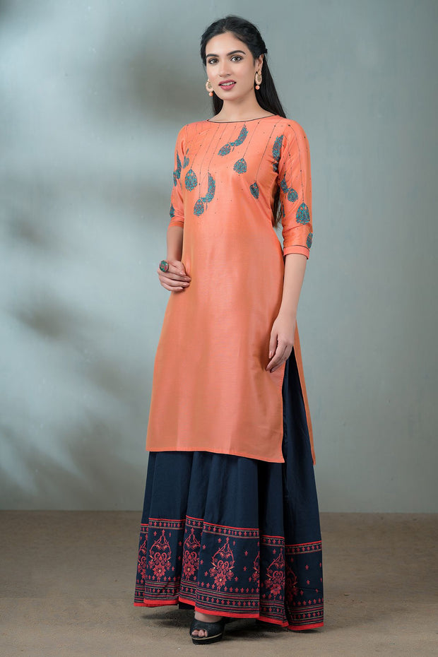 Placement Lantern Printed Kurta - Peach