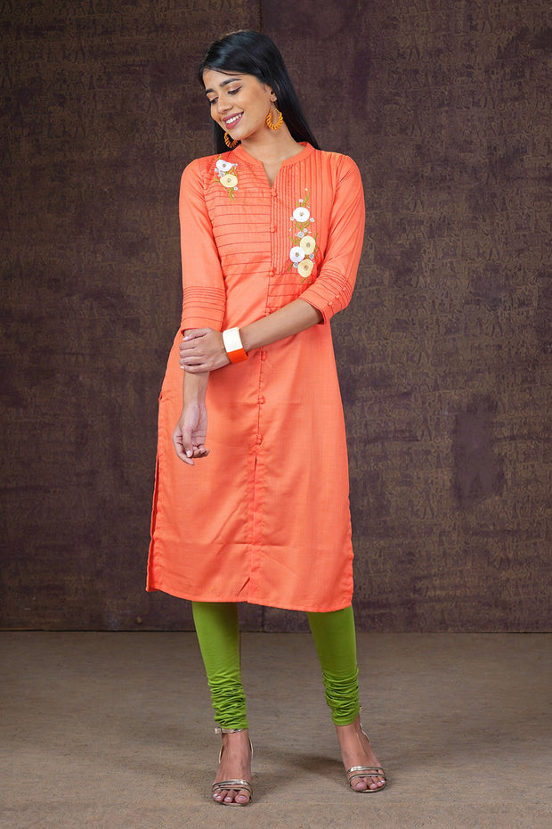 Placement Floral Embroidered Kurta - Peach