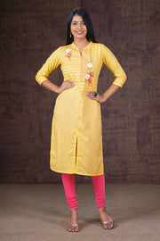 Placement Floral Embroidered Kurta - Yellow