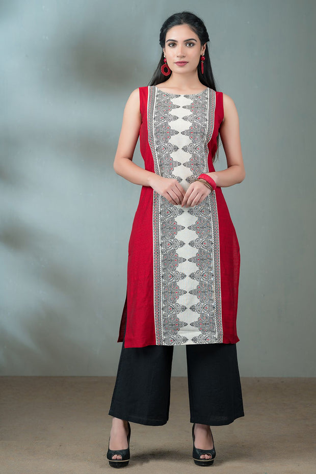 Centre placement print kurta- Maroon