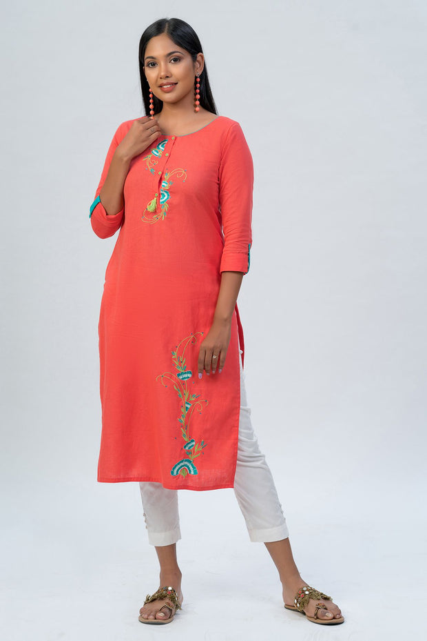 Maybell-Floral embroidered kurta - Peach