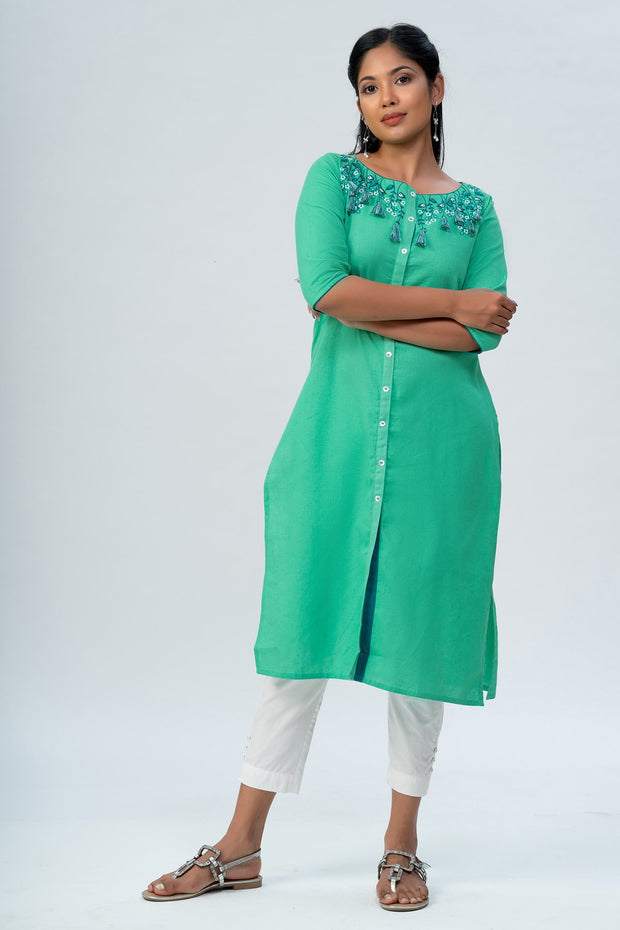 Maybell-Floral embroidered kurta -Green-4