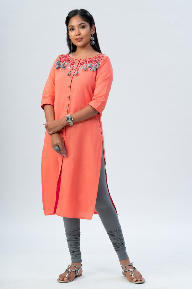 Maybell Floral embroidered kurta - Peach3