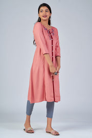 Maybell-Floral embroidered kurta - Peach2