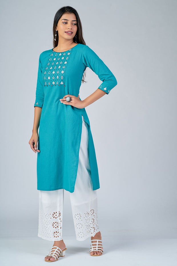 Maybell-Floral embroidered kurta - Blue4