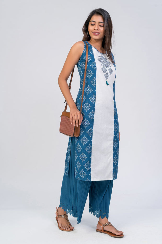 Maybell-Kolam embroidered and printed kurta - Blue