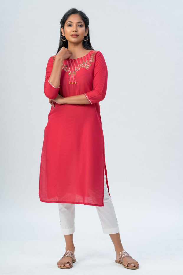 Maybell-Floral embroidered kurta-Red