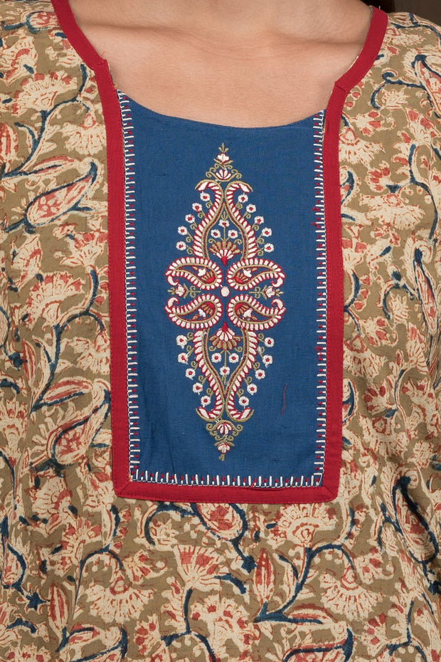 Embroidered Yoke Kalamkari Nighty - Black