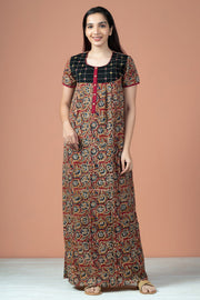 Floral Kalamkari Print With Foil Mirror Work Nighty Wear - Red