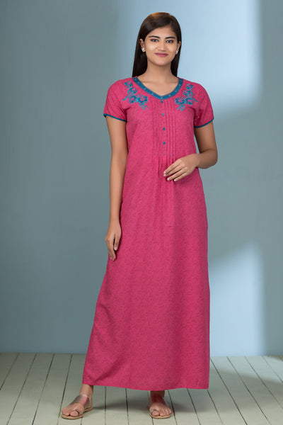 All over scattered leaf printed nightwear -Pink