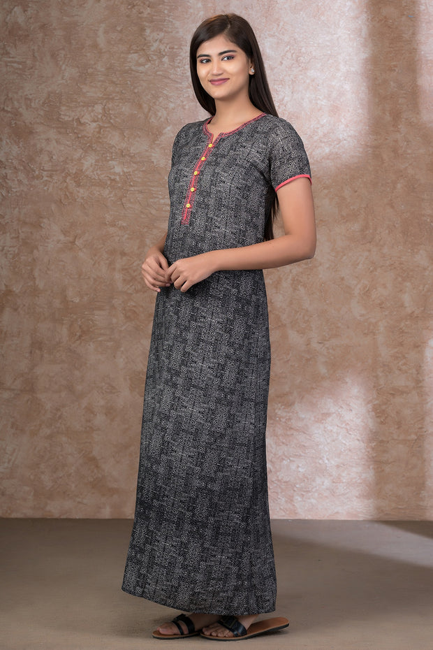 All Over Spiral Printed Nightwear – Black with Peach Highlight