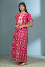 All Over Bandhani Paisley Printed Nightwear – Pink