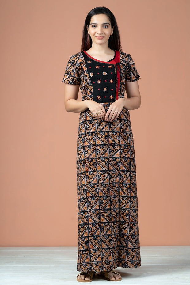 All Over Geometric Kalamkari Printed With Embroidery Nighty Wear - Black